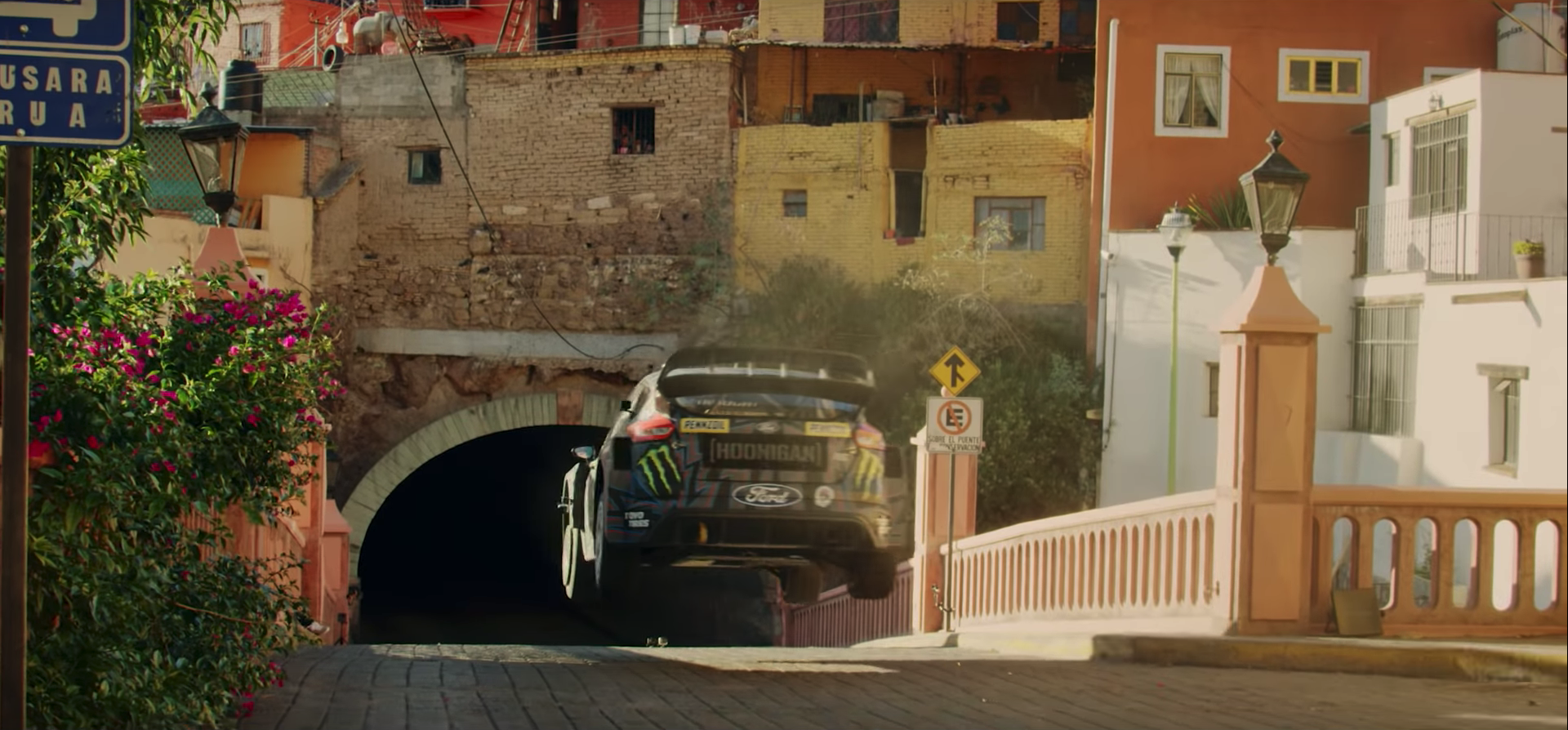 Ken Block im Ford Focus RS RX Sprung in Mexiko
