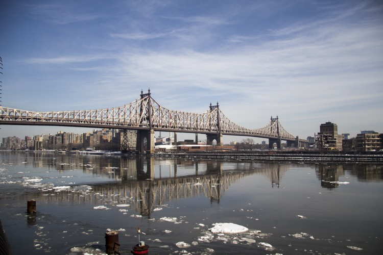 New-York-East_River