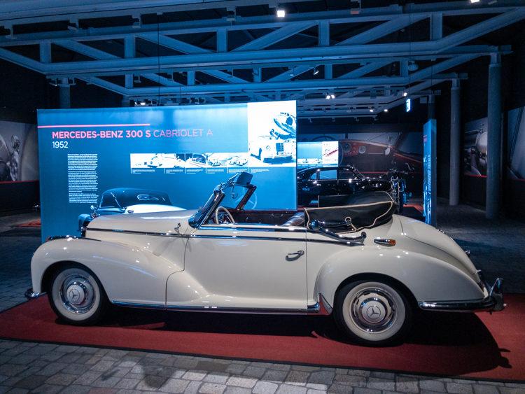 Mercedes-Benz SL 300 Cabrio im PS.SPEICHER Einbeck