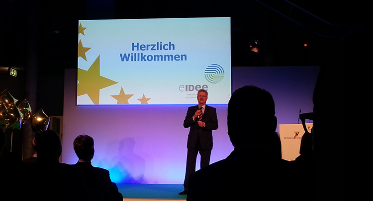 Ulrich Hamann, Vorsitzender der Geschäftsführung bei der Eröffnung der Preisverleihung