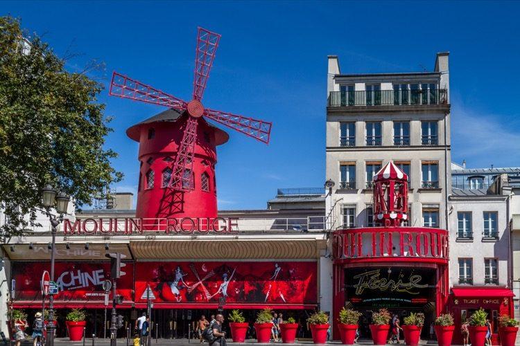 Das Moulin Rouge in Paris gehört zu den meist besuchtesten Sehenswürdigkeiten