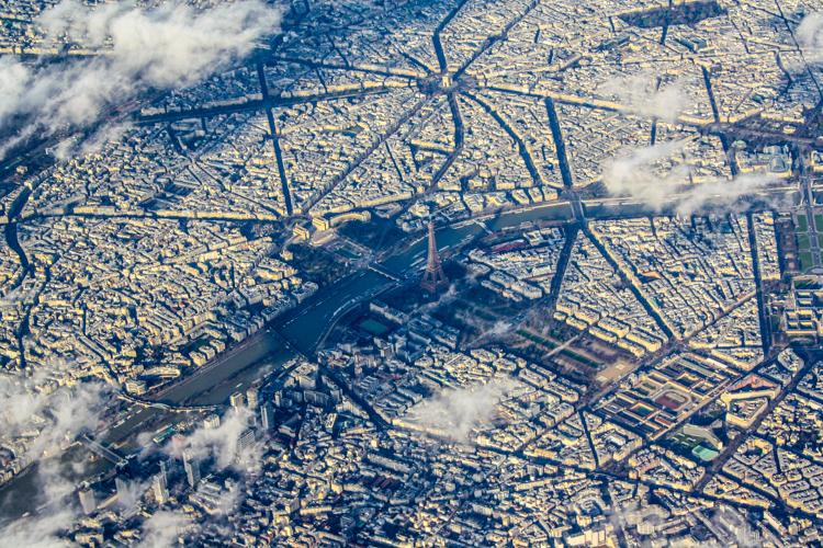 paris-aus-der-luft