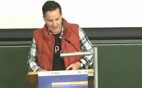 Richard Gutjahr ist reich, berühmt und sexy - wenn man dem Vortragstitel glauben darf ;-)