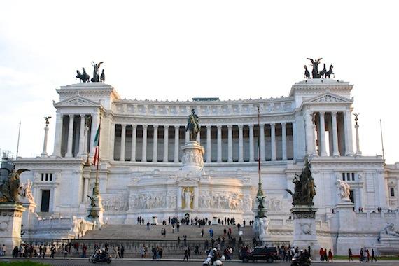 Momentum in Rom